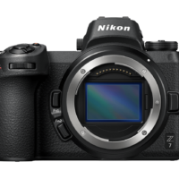מצלמה מקצועית NIKON MIRRORLESS Z6+FTZ+ מתאם